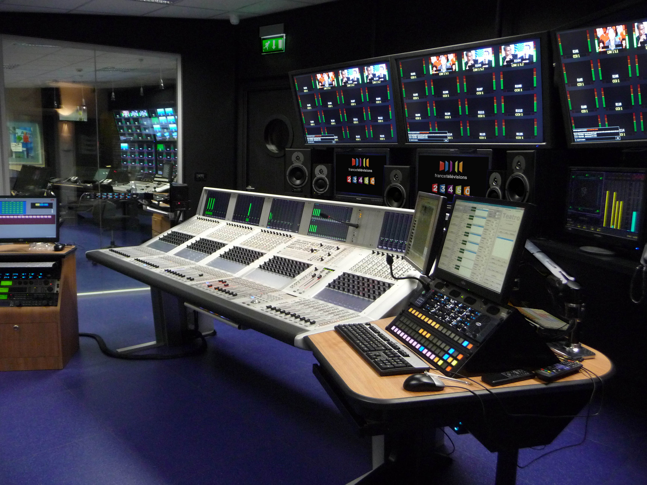 TV antenna studio